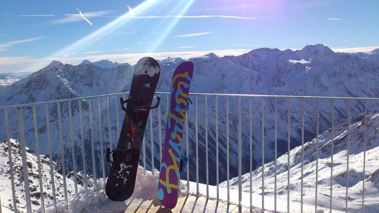 Je snowboard onderhouden: slijpen en waxen