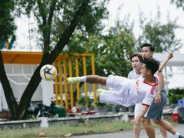 In de pannakooi word je een topvoetballer!